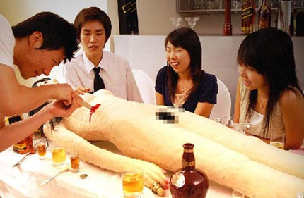 cannibalismo ristorante giapponese