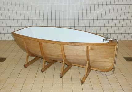 vasca a forma di barca