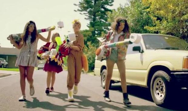 "Un'immagine dal video di ""Changes"""